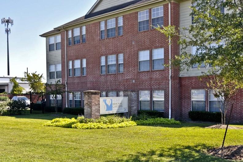 Humble Memorial Gardens Apartments