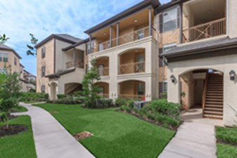 Exterior at Listing #147434