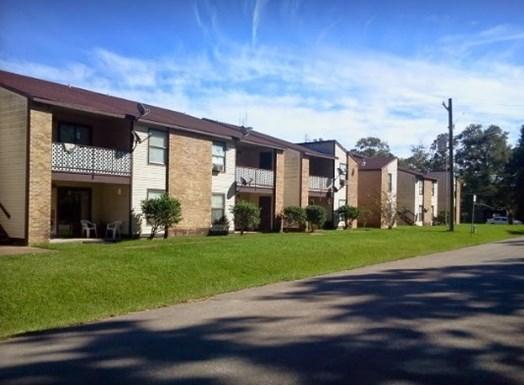 Brook Hollow Apartments