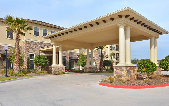 Exterior at Listing #262343