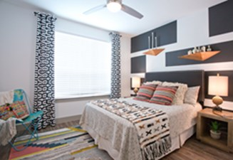 Bedroom at Listing #257919