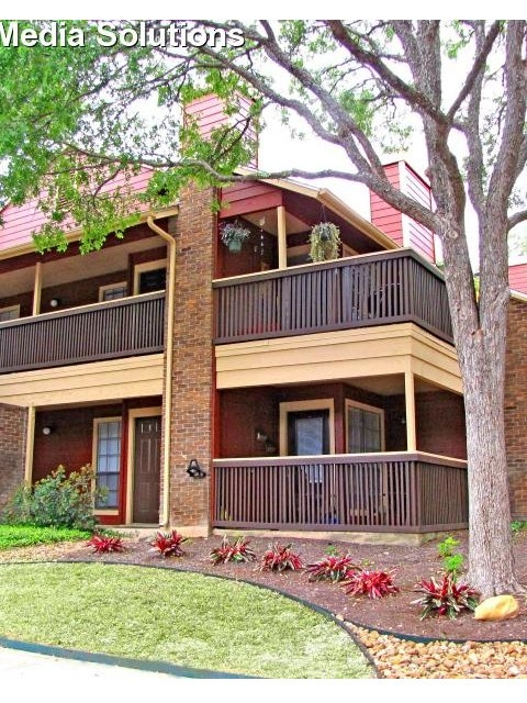 Exterior at Listing #143458
