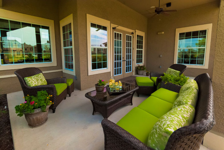 Lounge at Listing #146202