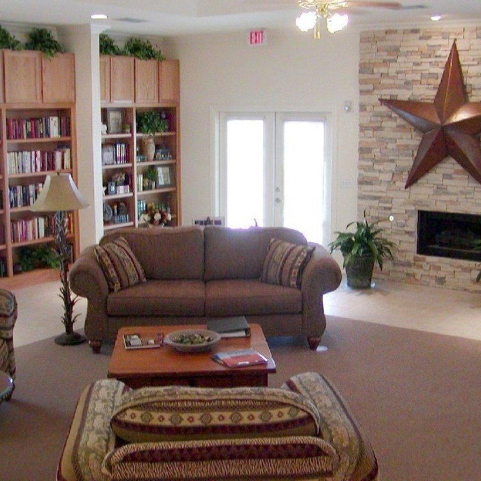 Lounge at Listing #138163