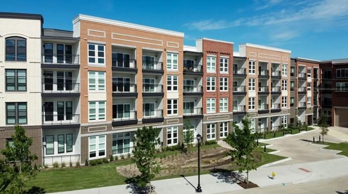 Broadstone Pullman Apartments