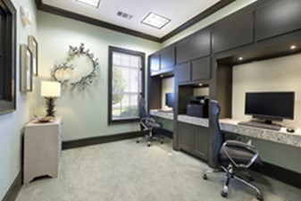 Business Center at Listing #144139