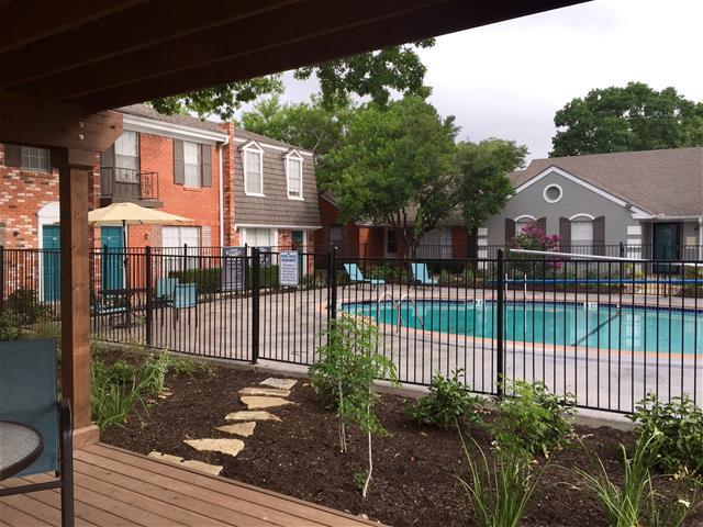 Pool at Listing #141341