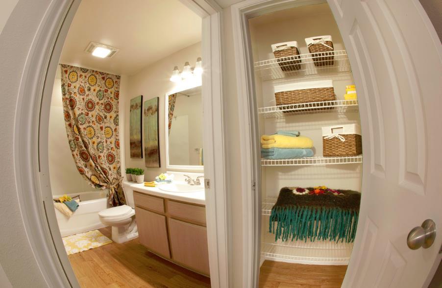 Bathroom at Listing #143399