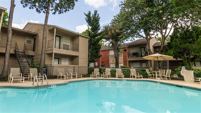 Pool at Listing #138352