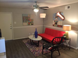 Living at Listing #140413