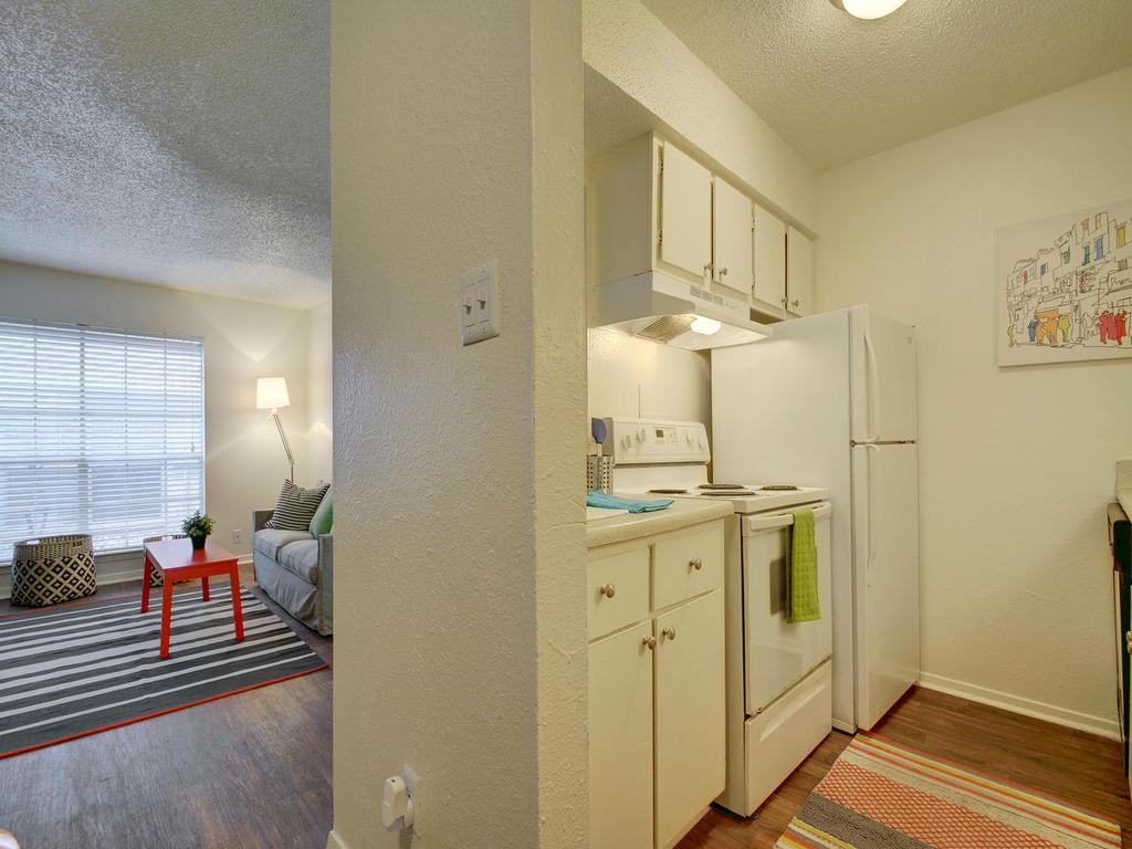 Kitchen at Listing #140352