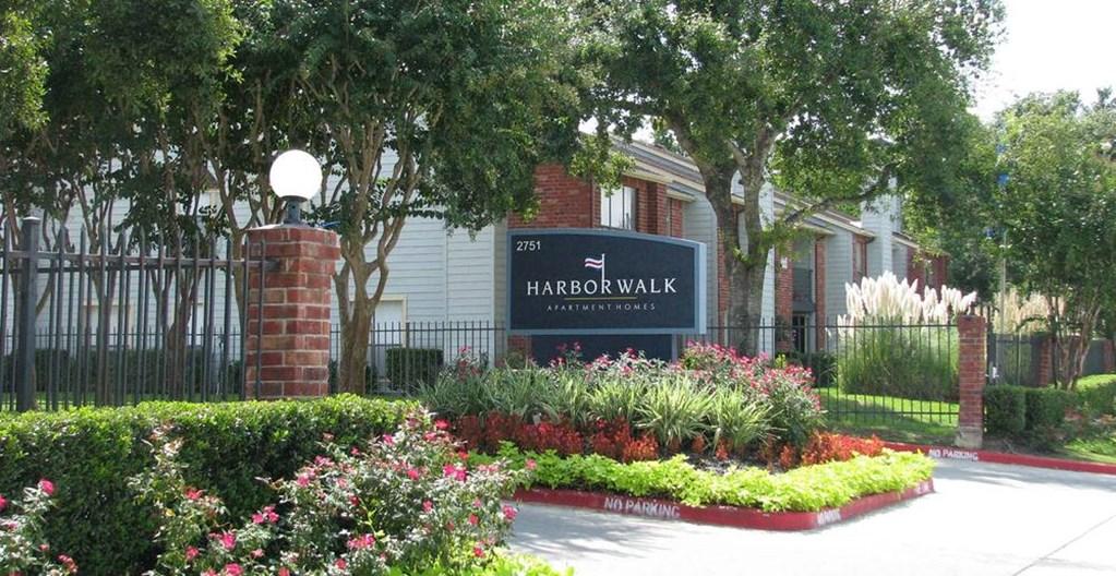 Harbor Walk Apartments