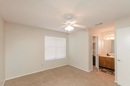 Bedroom at Listing #135849