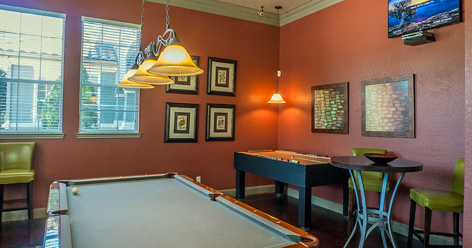 Gameroom at Listing #138089