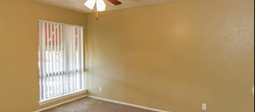 Bedroom at Listing #137373
