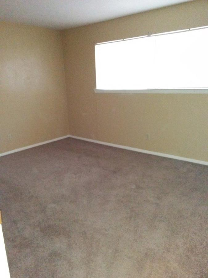 Bedroom at Listing #269779