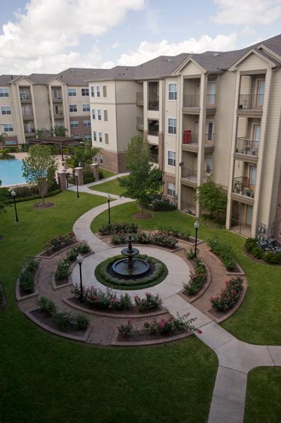 Pinnacle on Wilcrest ApartmentsHoustonTX
