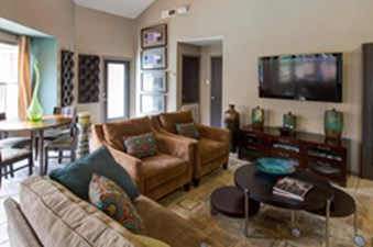 Lounge at Listing #136084