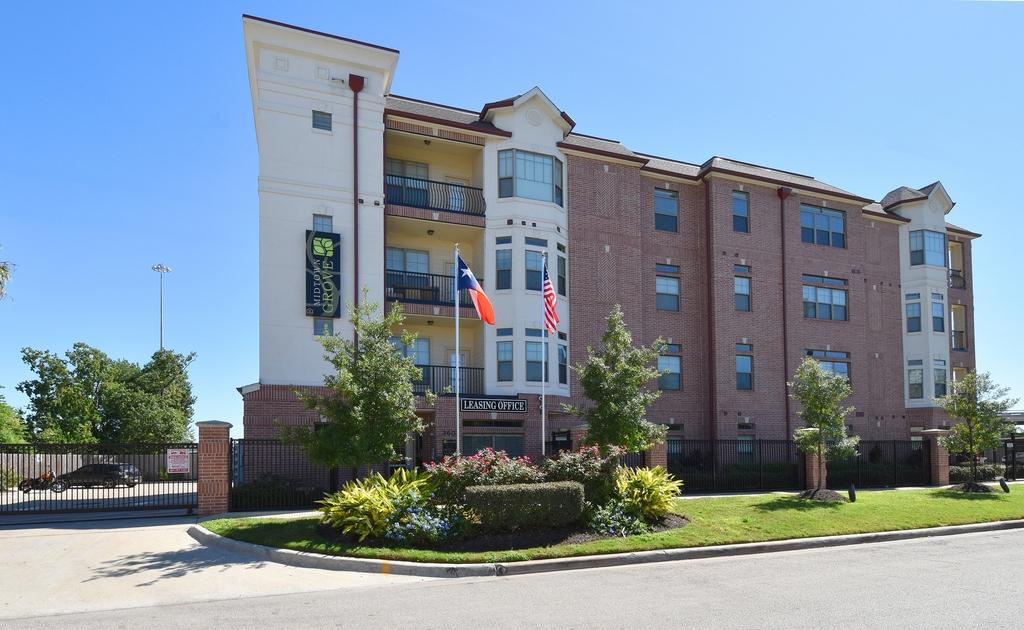 Midtown Grove Apartments Houston TX
