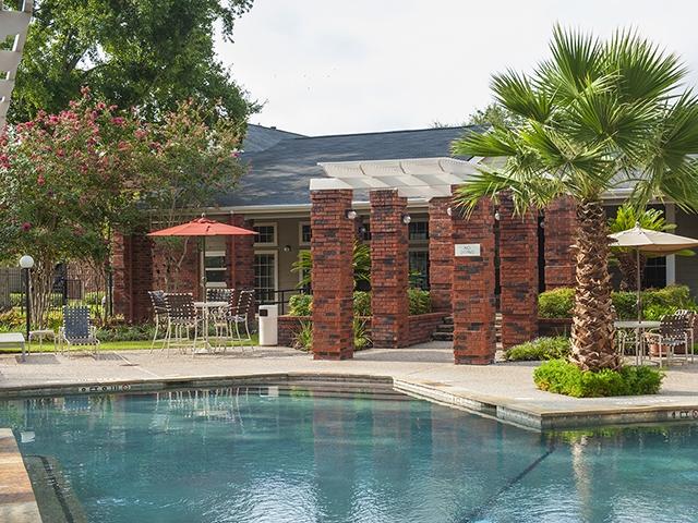 Pool at Listing #138945
