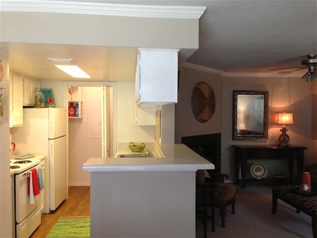 Kitchen at Listing #138540