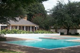 Pool at Listing #136385