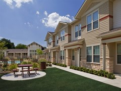 Crestshire Village Apartments Dallas TX