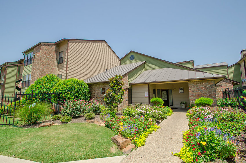 Bayou Bend Apartments Dallas TX
