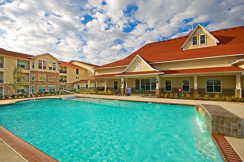 Pool at Listing #256419