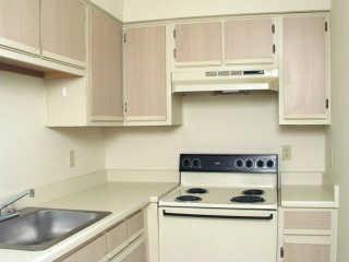 Kitchen at Listing #140215