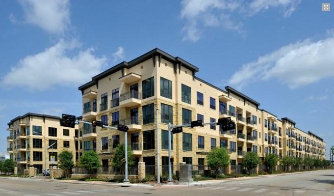 Ashton on West Dallas Apartments