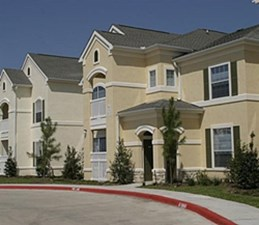 Exterior at Listing #144481