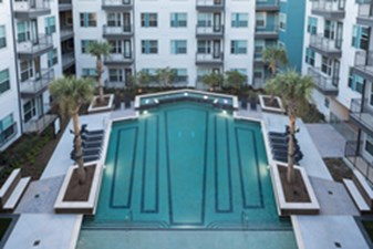 Pool at Listing #297009