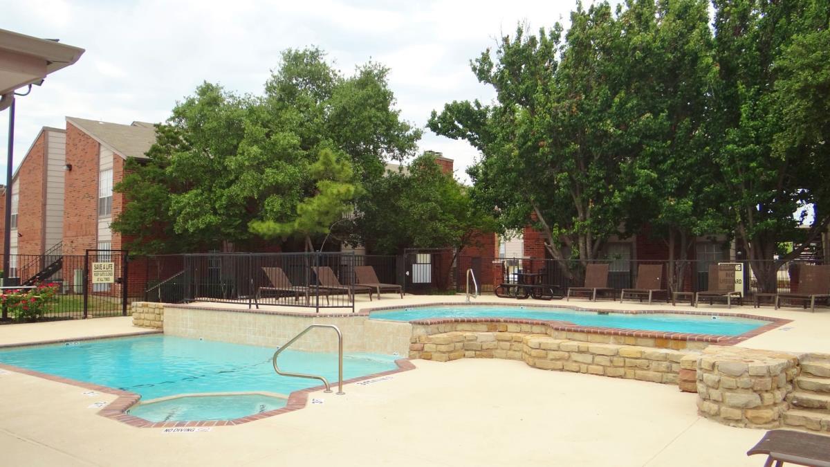 Hickory Ranch ApartmentsDallasTX