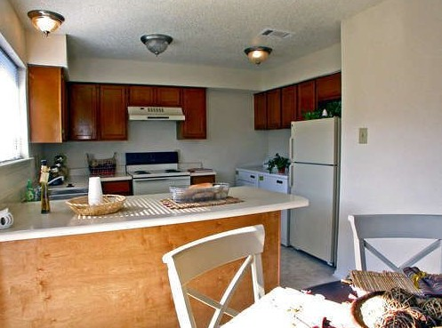 Kitchen at Listing #135647