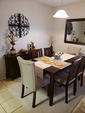 Dining at Listing #136890