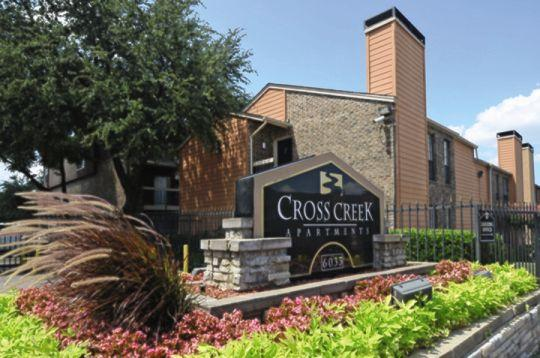 Cross Creek ApartmentsDallasTX
