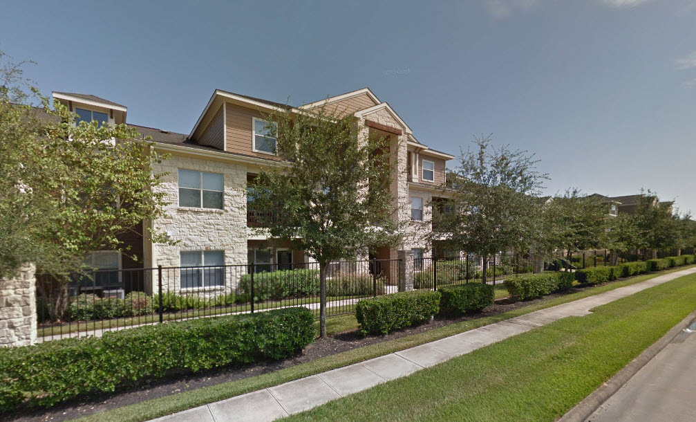 Exterior at Listing #145137