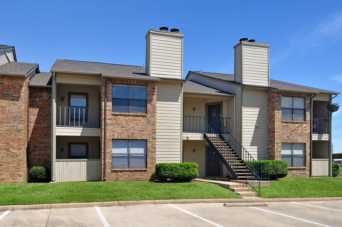 Woodmeade Apartments Irving, TX