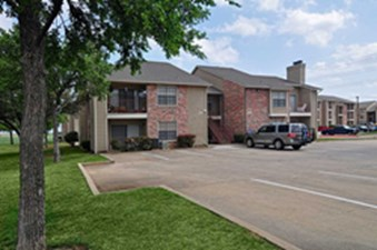 Exterior at Listing #135683