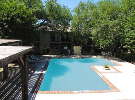 Pool at Listing #140563