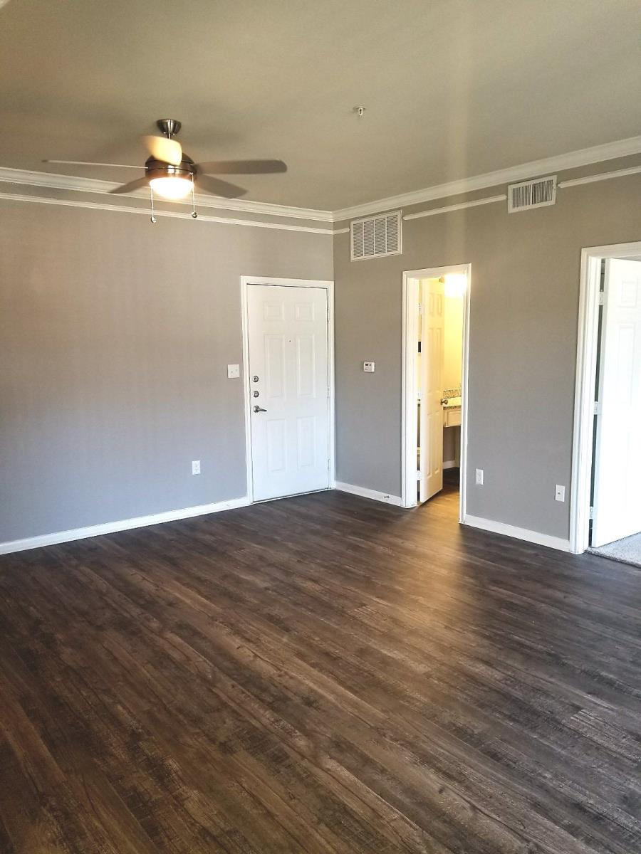Living at Listing #137930
