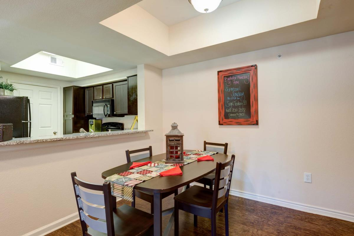 Dining/Kitchen at Listing #143945