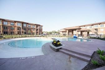 Pool at Listing #288745