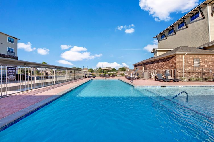 Pool at Listing #249643