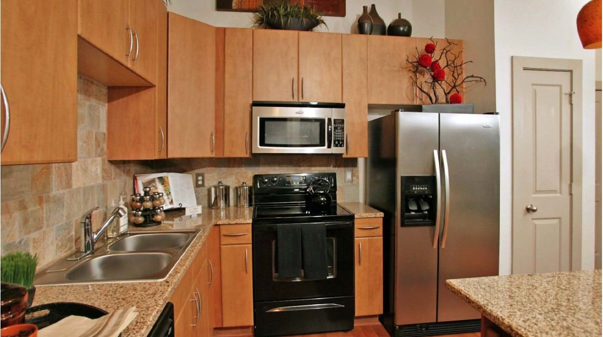 Kitchen at Listing #144864