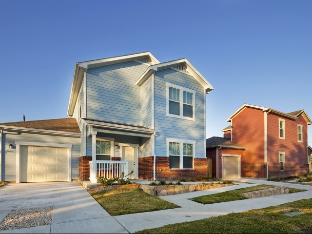 Exterior at Listing #245753