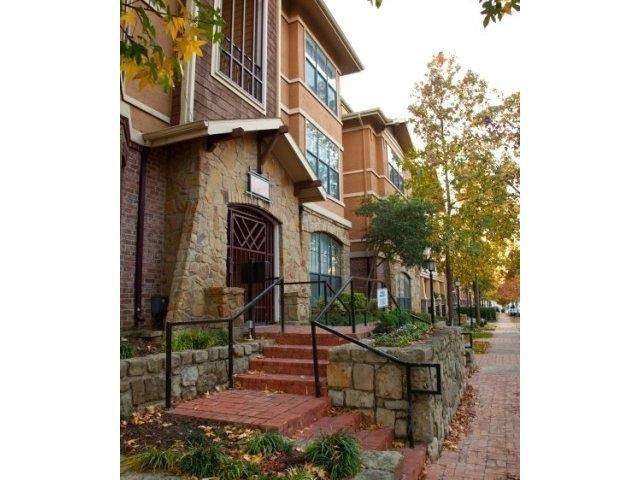 Eastbridge ApartmentsDallasTX