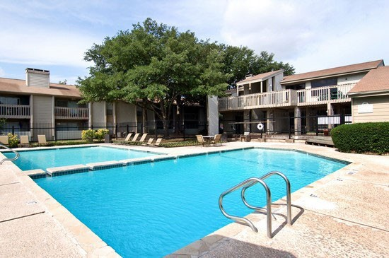 Pool at Listing #140340