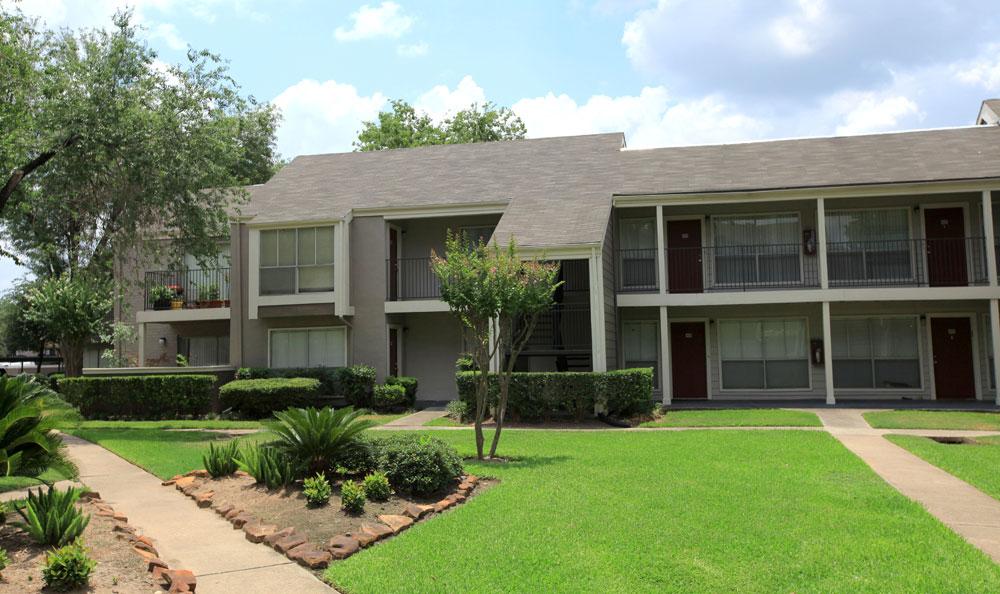 Bayou Park Apartments , TX